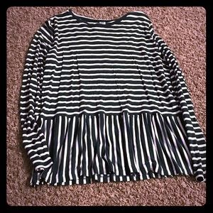 Size medium green and white striped old navy shirt